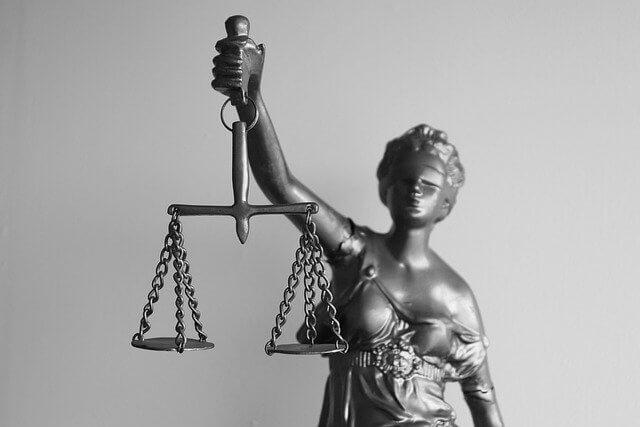 Juridiset palvelut